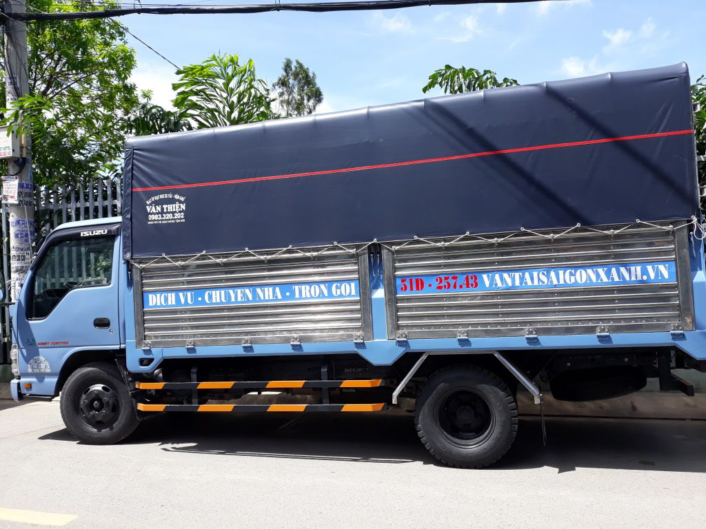Xe 2.5 tấn – Thùng dài 4m4 ngang 1m95 cao 1m9